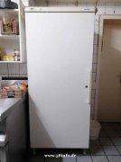 多特蒙德出售厨房用品桌椅,中式屋檐,冰箱等