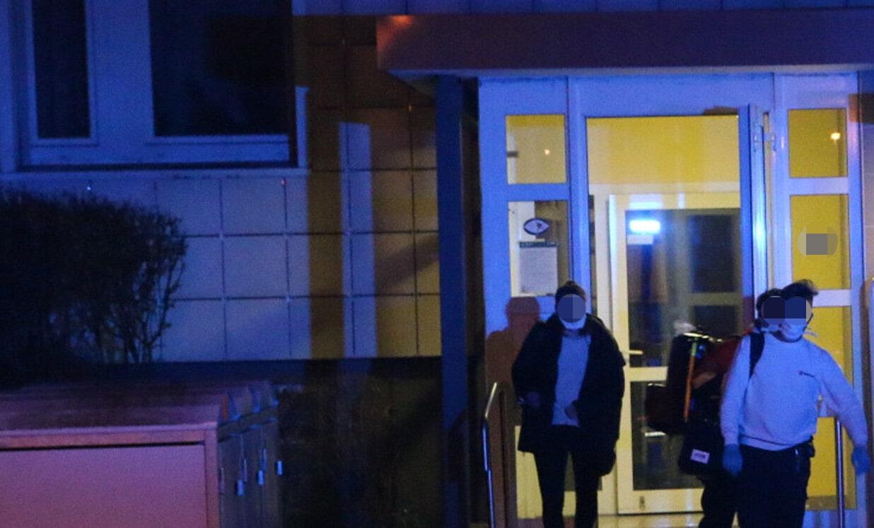 柏林一女子因怀疑冠状病毒而住院